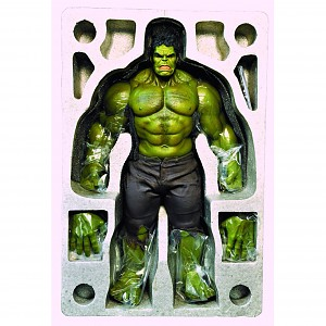 HULK HOT TOYS 1/6 FIGURE